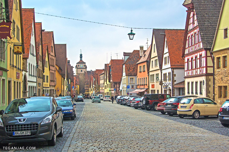 Rothenburg-ob-der-Tauber-Germany-002